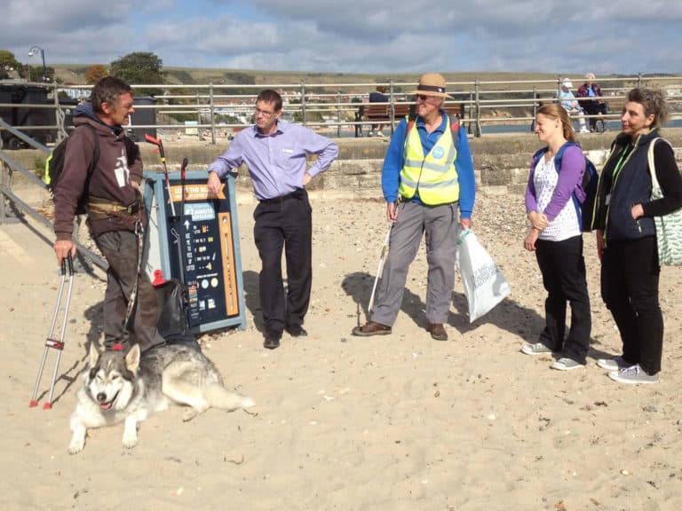 Litter-Free Purbeck welcomes Keep Britain Tidy's 'Outstanding Litter Hero' with his dog, Koda in October 2018