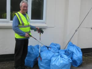 Wareham Wombles cleaned up around Sandford Community Centre 25th April 2018